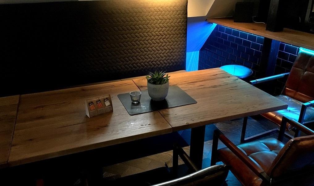 bar-banktisch-3